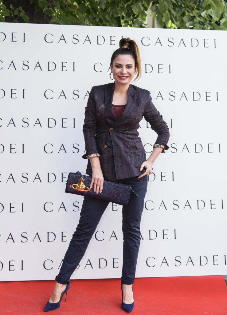 Adina Buzatu