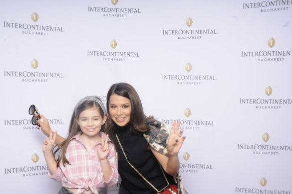 Simona Patruleasa si fiica ei, Ingrid
