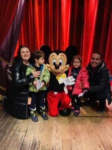 mickey_mouse_disneyland_paris